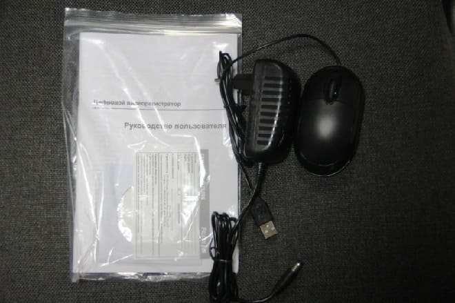 Комплектация видеорегистратора Falcon Eye FE-1104MHD Light