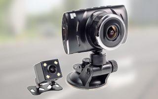 Как выбрать автомобильный видеорегистратор с двумя камерами