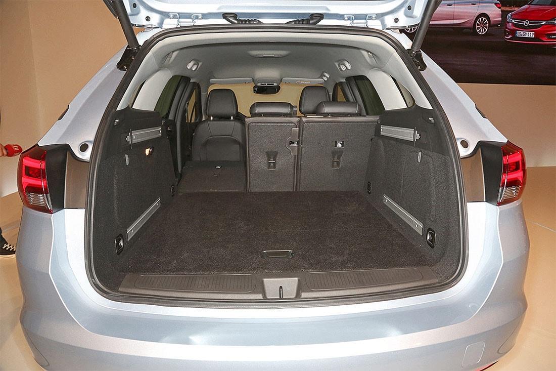 opel astra универсал багажник