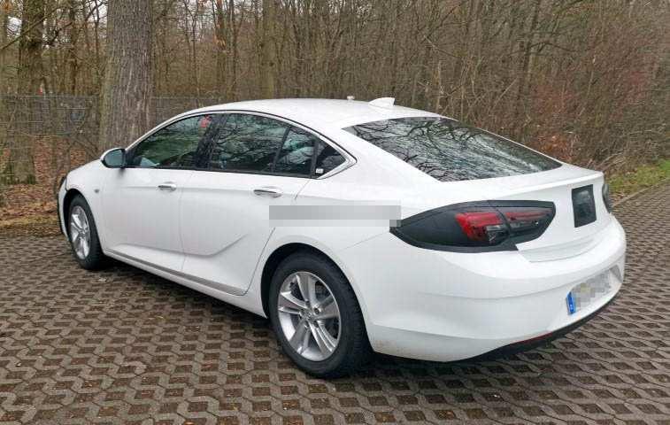 Opel Insignia экстерьер