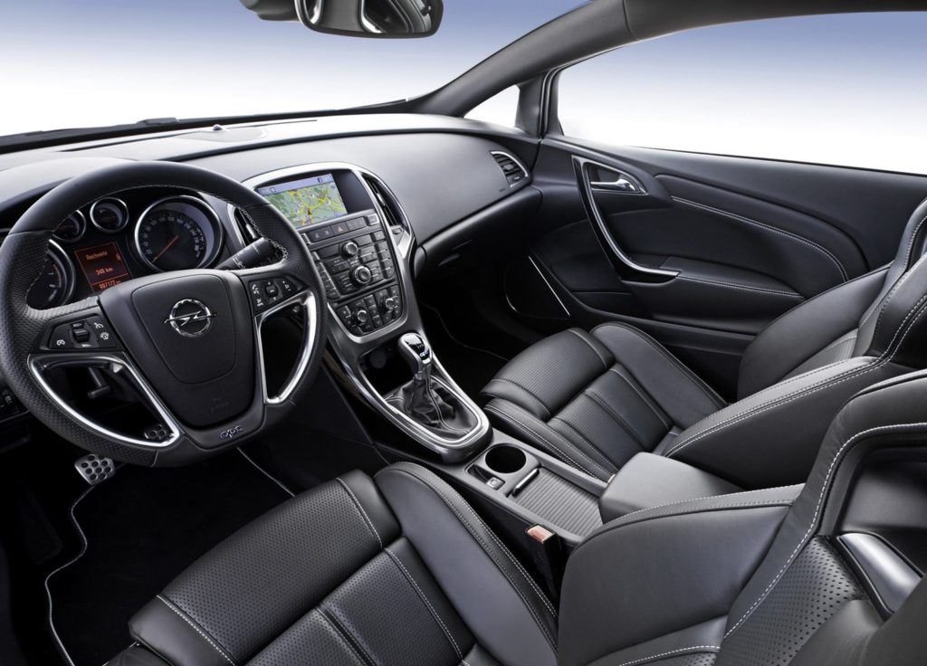 Opel Insignia интерьер