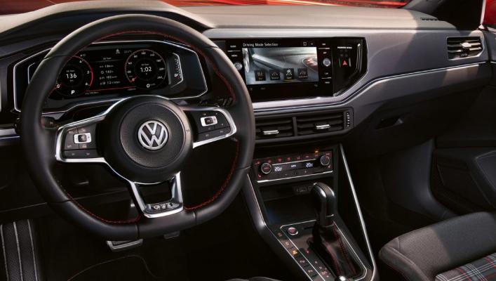 Volkswagen Polo интерьер