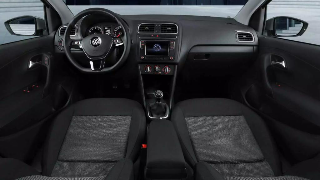 Volkswagen Polo салон