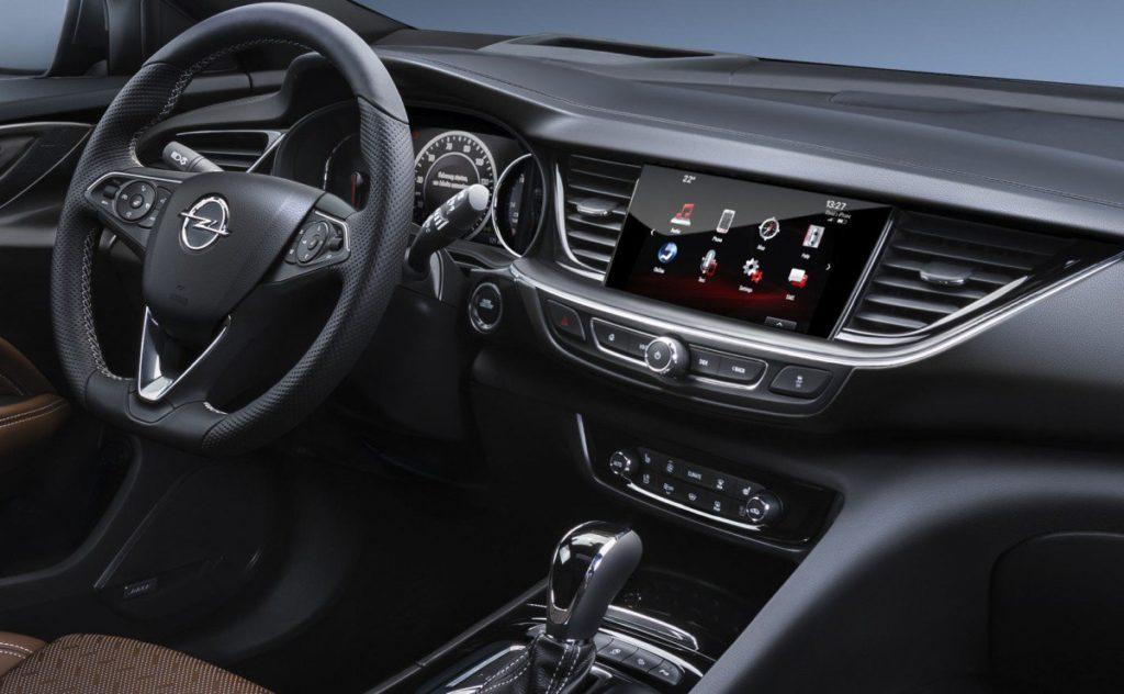 Opel Grandland X салон